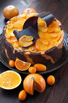 Beautiful chocolate and orange cake Bon Dessert, Russian Recipes, Pastry Cake, Fancy Cakes, Chocolates, Amazing Cakes, Cake Recipes, Cake Decorating, Sweet Treats