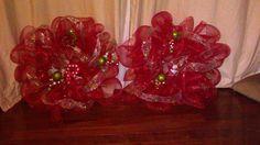 Matching mesh wreaths
