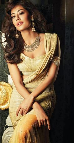 Chitrangada Singh Photoshoot for Filmfare, Oct, 13: Saree & Blouse: Tarun Tahiliani, Necklace & Earrings: Anmol Fine Jewellers, Bajubandh: Amarpali