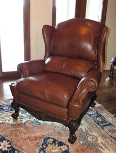 FINE LEATHER CHIPPENDALE WINGED RECLINER MADE IN THE USA FOR ROBB AND STUCKY