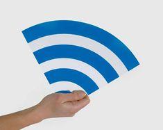 Avez-vous déja voulu pirater un wifi gratuitement? Si oui, vous êtes au bon endroit! Avec ce Pirateur de Wifi V1.4 vous pourrez pirater hacker un nombre illimité de Wifi gratuitement sans rien payer. Ce logiciel de piratage de Wifi peut pirater n'importe quel Wifi en quelque secondes! http://freetophacks.com/comment-pirater-hacker-un-wifi-gratuitement