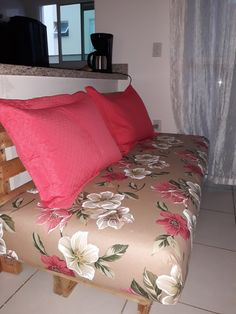 Meu sofá de pallet...Amei...
