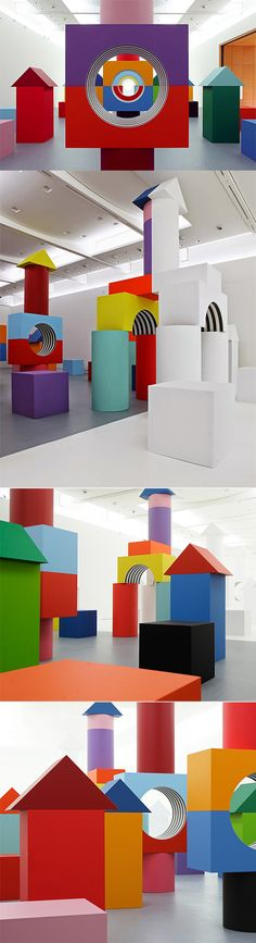 www.thecoolhunter.net/article/detail/2329/daniel-buren--childs-play-exhibition--naples
