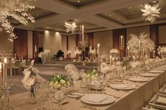 A neutral colour palette, high ceilings and sparkling chandeliers make the ballroom at The Ritz-Carlton, Toronto conducive to match any style of décor.