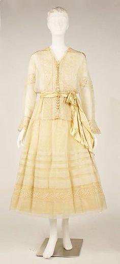 Dress Circa 1910