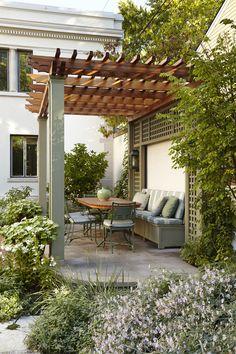 Pergola en bois: qu'est-ce que c'est? Comment et modèles [FOTOS]- Pergolado De Madeira: O Que É? Como Fazer e Modelos [FOTOS] Pergola en bois: qu'est-ce que c'est? Comment et modèles [PHOTOS] - Outdoor Retreat, Outdoor Rooms, Outdoor Living, Small Backyard Landscaping, Backyard Pergola, Backyard Designs, Pergola Design, Patio Design, Wall Design