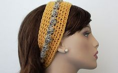 Bobbly Chic Crochet Headband Video Tutorial and Pattern. Written Pattern in Show More section below this video tutorial. Bobbly Chic Crochet Headband Written Pattern Design by Paula Crochet Headband Pattern, Knitted Headband, Crochet Hooks, Free Crochet, Crochet Headbands, Crocheted Hats, Craft Accessories, Crochet Accessories, Pinterest Crochet