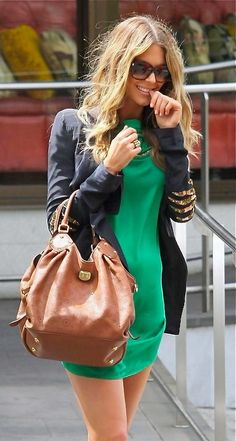 How to wear green dress? 20+ looks #evatornadoblog #fashion #russianfashionblog #style #mycollection #look #green #chic #dress