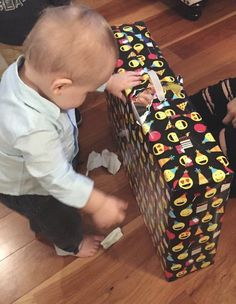 Freddie Tommo Louis Tomlinson Son, Tomlinson Family, Freddie Reign Tomlinson, Briana Jungwirth, Plastic Laundry Basket, Little Babies, Sons, Lunch Box, Louis Tomilson
