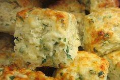 Buñuelos de queso y orégano