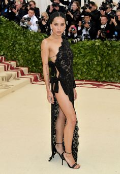 Zoe Kravitz - All Met Gala 2018 Dresses - Met Gala Red Carpet Celebrity Style Gala Dresses, Red Carpet Dresses, Nice Dresses, Celebrity Dresses, Celebrity Style, Vestidos Color Azul, Met Gala Outfits, Saint Laurent Dress, Met Gala Red Carpet