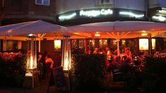 Froggy's Café, Vestergade 68, 5000 Odense C, Tlf. 65 90 74 47, http://froggyscafe.dk/
