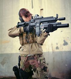 Who says girls can't play airsoft? Rifles, Airsoft, Survival, Female Soldier, Female Armor, Military Women, Idf Women, Big Guns, Assault Rifle
