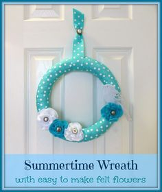 Summertime Wreath with easy to make felt flowers by Crafty In Crosby