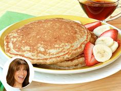 Recipe Redo (Guilt-Free!): Nigel Barker's Banana Pancakes. Seriously I could eat a mountain of pancakes.