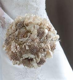 Rustic Wedding Brooch Bouquet. Deposit  Rustic par Rubybloomscom, $55.00