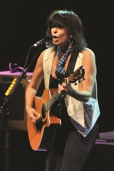 Chrissie Hynde ~ Chrissie Hynde Sings 'Let It Be' for Paul McCartney Tribute Album ...