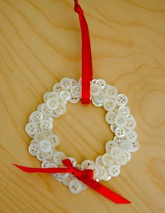 Christmas Button Wreath Ornament by jamesblonde85, via Flickr
