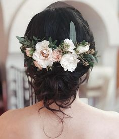 SPRING WEDDING HAIRSTYLE! Want flawless wedding hair & makeup with zero stress? We gotchu! Go ahead and schedule your free consultation call today - link in bio @WindyCityGlam! . #chicagobridalmakeup #chicagomakeupartist #chicagoweddingmakeup #chicagobride #chicagomua #chicagowedding #chicagobridalmakeupartist #chicagobridalmua #chicagoweddingmua #chicagoweddingmakeupartist #chicagoweddingplanning #chicagoweddingphotographer #chicagobridalhair #chicagohairstylist #chicagoweddinghair #chicagowedd