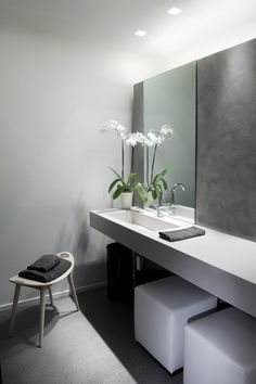 Bathroom Remodel On A Budget, Bathroom Remodel Small, Bathroom Remodel DIY, Bathroom Remodel Ideas Vanity, Bathroom Remodel Ideas Master. Minimalist Bathroom Design, Modern Bathroom Design, Bathroom Interior Design, Bathroom Designs, Minimal Bathroom, Minimalist Design, Bad Inspiration, Bathroom Inspiration, Design Garage