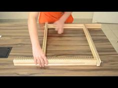 YouTube Loom Weaving, Hand Weaving, Loom Craft, String Crafts, Crochet Quilt, Bead Loom Bracelets, Loom Knitting, Diy Projects To Try, Rug Making
