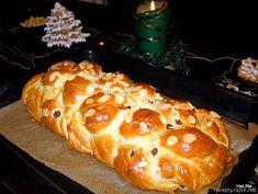 Vánočka Russian Recipes, Bread, Cooking, Sweet, Food, Bakken, Kitchen, Candy, Brot