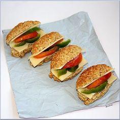 Nyomtasd ki a receptet egy kattintással Pan Bread, Bread Recipes, Sandwiches, Bakery, Food Porn, Food And Drink, Low Carb, Vegan, Cooking