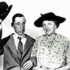 Ma (Marjorie Main) and Pa Kettle (Percy Kilbride) were one of the first movie couples I remember... Ma and Pa Kettle.