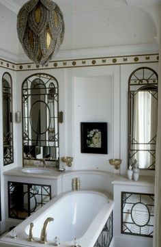 If i walked into this bathroom, Id swear I was dreaming. or on a movie set.