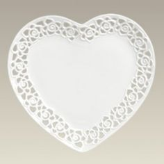 4 DYRAMICS White Heart Shaped Dinner Plates Pierced Latice Edge Valentineu0027s Day  sc 1 st  Pinterest & 4 DYRAMICS White Heart Shaped Dinner Plates Pierced Latice Edge ...