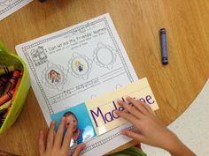 """""""I Can Write My Friends' Names"""" Activity (from Kindergarten Smiles)"""