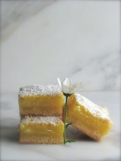 lemon bars are like seriously my favorite thing on earth!  Oh my gosh, the yummiest treat ever!!!!