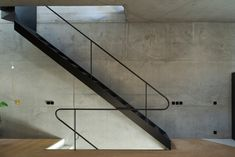 Triangular House is a minimal home located in Lisbon, Portugal, designed by Studio_lpp Staircase Handrail, Staircase Design, Railings, Contemporary Architecture, Interior Architecture, Casa Hotel, Modern Stairs, Minimal Home, Interior Stairs