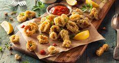 Fried Calamari with Marinara Sauce Calamari Recipes, Seafood Recipes, Fried Calamari, Seafood Restaurant, Marinara Sauce, Cookbook Recipes, Cooking Recipes, Copycat Recipes, Easy Cooking