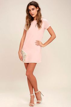 Shimmy, shuffle, and shake in the Shift and Shout Blush Pink Shift Dress! A rounded neckline and short sleeves complete a classic shift style dress at a leg-baring length. Casual Dresses, Fashion Dresses, Short Sleeve Dresses, Short Sleeves, Formal Dresses, Colorful Fashion, Cute Fashion, Fashion Women, Style Fashion