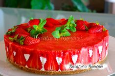 Cheesecake cu capsuni Pie Dish, Cheesecake, Fish, Meat, Recipes, Jello, Beef, Cheesecakes, Food Recipes