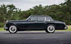 Lease a 1965 Rolls-Royce Silver Cloud III with Premier Financial Services today. Photo via Classic Driver. #Lease #RollsRoyce #SimpleLease