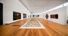 Queensland Gallery of Modern Art Exhibition Modern Couch, Living Room Modern, Gallery Of Modern Art, Art Gallery, Easy Healthy Dinners, Easy Dinner Recipes, Minimalist Kitchen, Healthy Living Tips, Pinterest Recipes