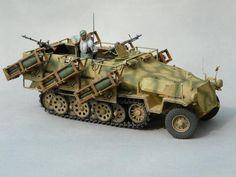 Sd.Kfz. 251 Ausf. C mit Wurfrahmen 40