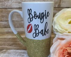 Bougie babe 16 oz ceramic latte mug glitter by AHappyGiraffe My Favorite Color, My Favorite Things, Latte Mugs, Getting Things Done, Giraffe, Sweet Home, Ceramics, Tableware, Glitter