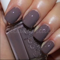 pretty color...wish I had nails like that