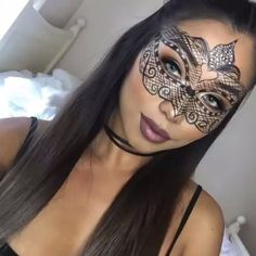 Simple and gorgeous masked makeup by @jennydo_ - Tag someone that should try this! -