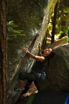 Isabelle - Trad Killer V4  A Squamish Top 100