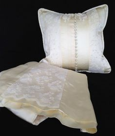 Custom Pillows: What to Do with Old Wedding Dress! Repurpose Wedding Dress / Reuse Wedding Dress / W Wedding Dress Quilt, Wedding Dress Crafts, Antique Wedding Dresses, Wedding Gowns, Wedding Rings, Dress Makeover, Recycled Wedding, Wedding Day Tips, Summer Wedding