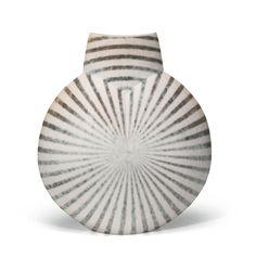 Vase, John Ward (b. 1938) -