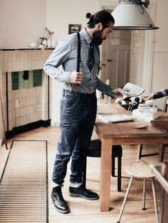 Such an interesting look with light and dark indigo with navy patterned tie tucked and instead of topping off with black accessories we've chosen black and not brown.