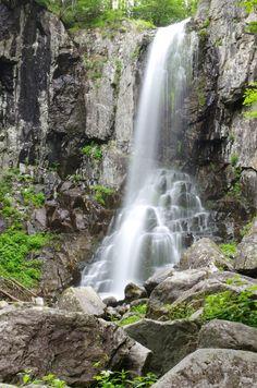 Zvezda Primorya waterfall, Primorsky region, Russia #travek #waterfall #nature