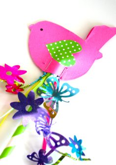 Do you have a princess that needs a wand?  How about a Spring Bird Wand?