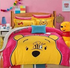 8 ideas for small bedroom if youre on a budget Space saving idea Keep colour to smaller details Neutral colour for walls. Winne The Pooh, Winnie The Pooh Friends, Vintage Winnie The Pooh, Disney Winnie The Pooh, Winnie The Pooh Bedding, Baby Piglets, Disney Bedding, Corner Bookshelves, Mode Chanel