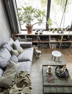 Beautiful Minimalist Living Room Ideas For Your Dream Home Living Room Grey, Home Living Room, Living Room Decor, Living Spaces, Living Room Shelves, Style Deco, Living Room Remodel, Beautiful Living Rooms, Deco Design